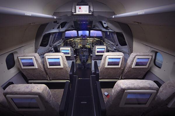 DC-8_simulator_1