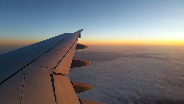 plane-1043635_640